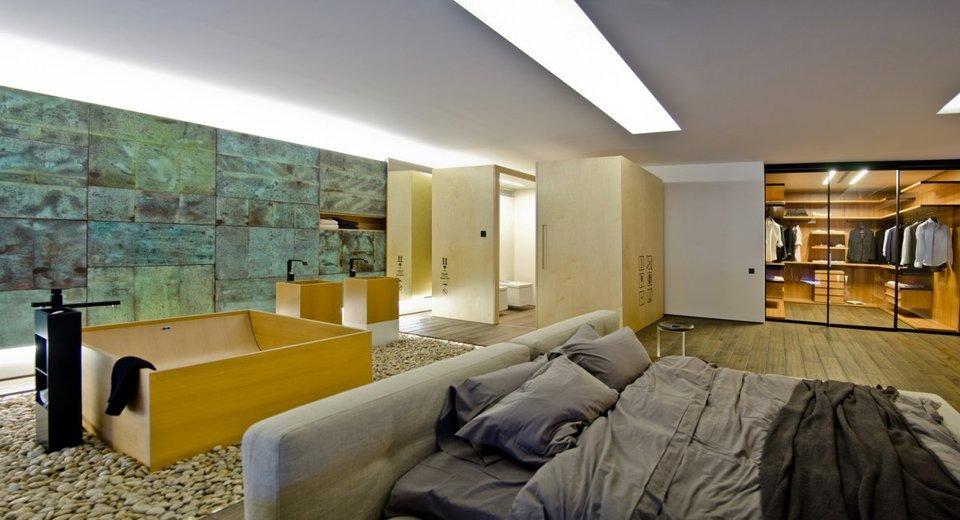 Loft Bedroom by B2 Group