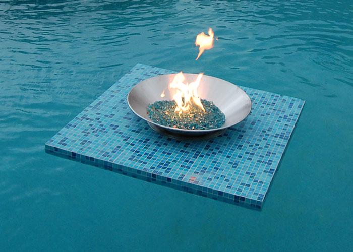 modern trends in swimming pool design