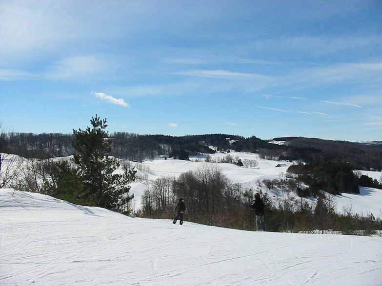 Snow and sky Hockley Valley by Matthew Ingram