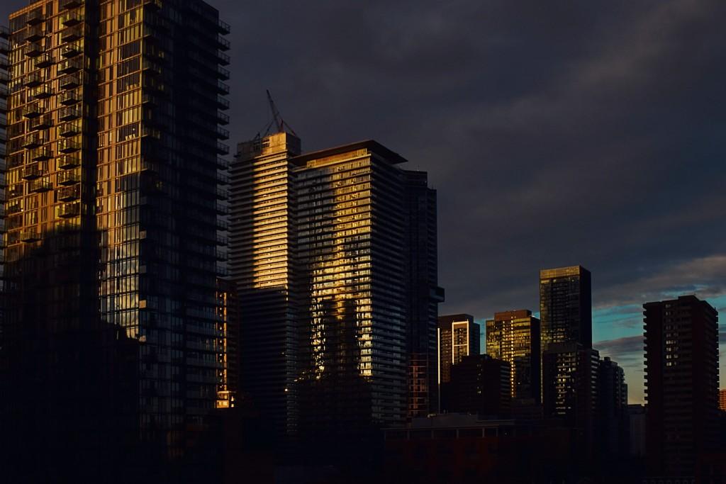 Toronto by VV Nincic