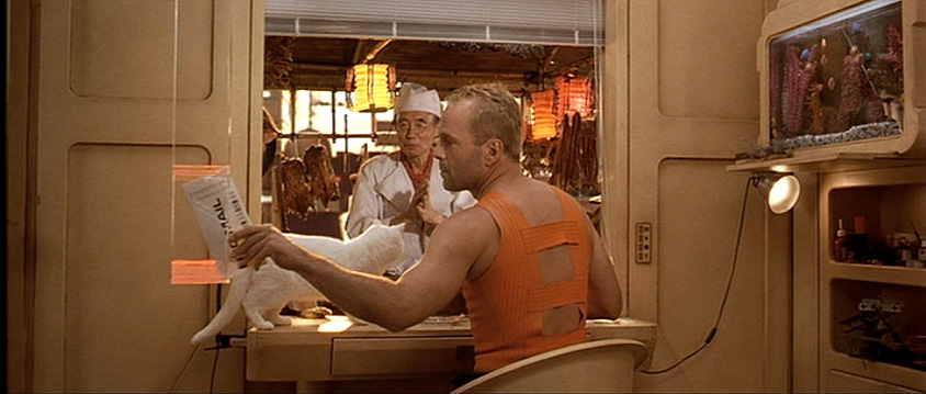 Ordering food home in Fifth Element