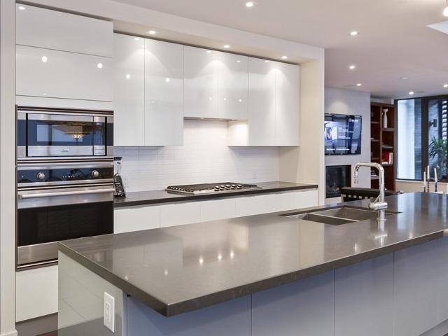 500 wellington street west 302 toronto central toronto for Scavolini kitchens toronto