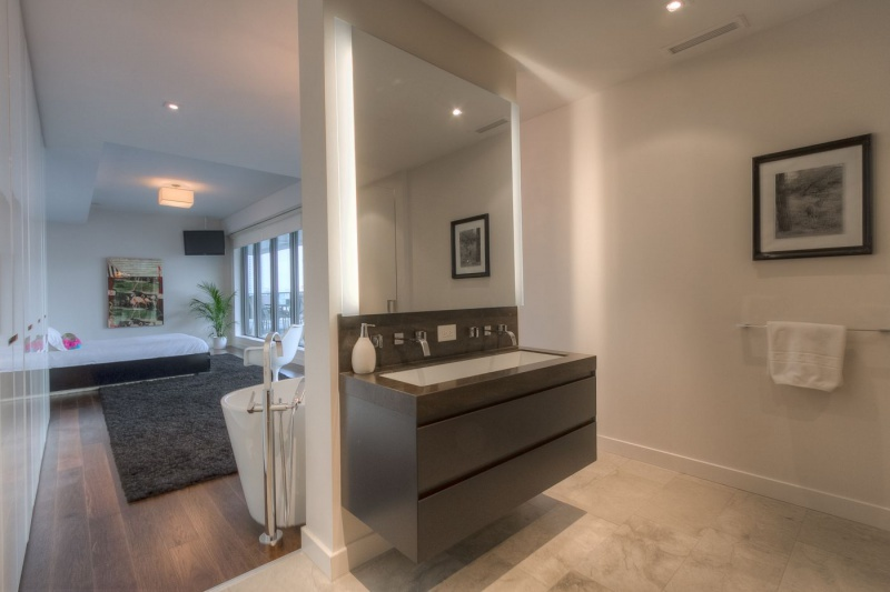 500 wellington street west suite 801 furnished toronto central toronto Difference between master bedroom and ensuite