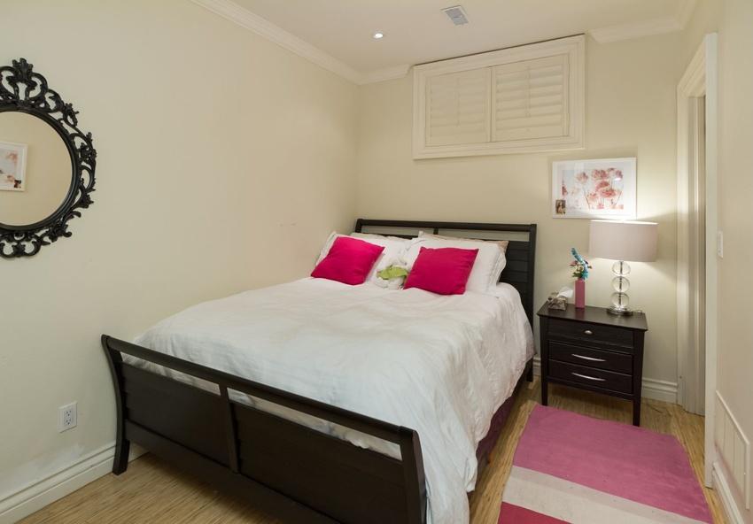 114 felbrigg avenue north toronto bedford park nortown for 5th avenue salon bedford