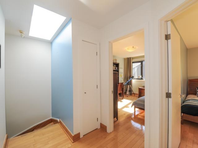 07_hallway1